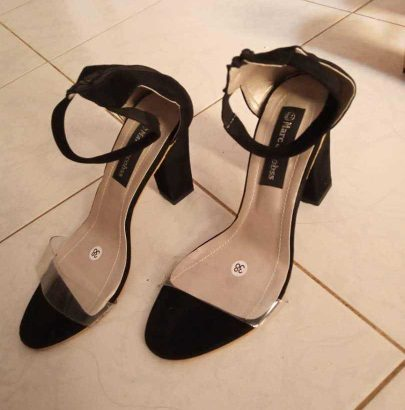 Vente de chaussures pour femmes