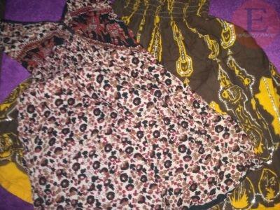 Vêtements habits de femme d'Inde. Robes. Pantalon. Chemise. Chaussures.